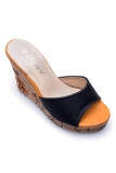 Classy รองเท้าผู้หญิงแฟชั่น รุ่น Tm362 150A Black ถูก