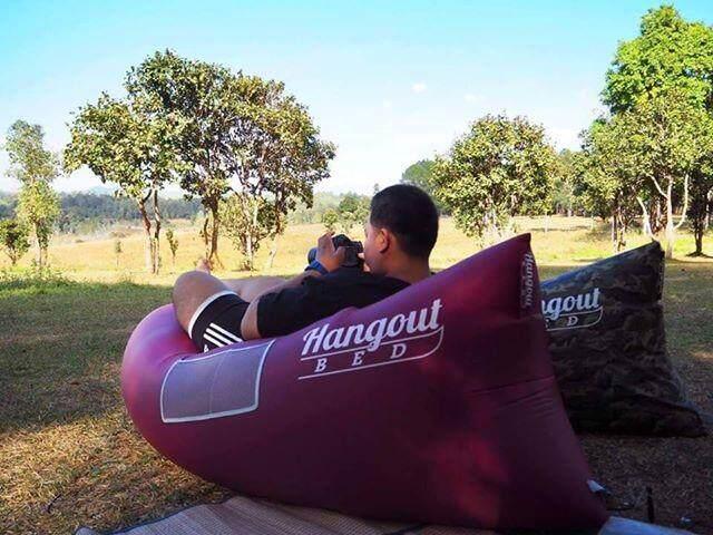 โซฟาลม แบรนด์ Hangout Bed ของแท้! สีไวน์แดง (red Wine) Inflatable Sofa By Hangout.