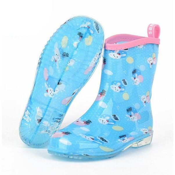 Akachan รองเท้าบู๊ท สีฟ้าลายกระต่าย ไซส์ 13-14-15-16-17 ซม..