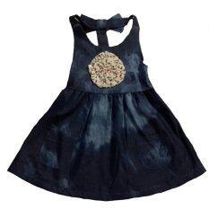 โปรโมชั่น Dd Kids Bleach Dk Jeans Dress ชุดเอี๊ยมกระโปรงยีนส์ฟอกสีซีด ดอกไม้ผ้าปักที่๋อก ถูก