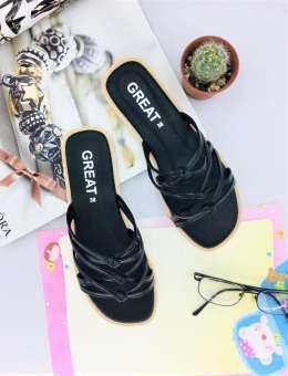 [[ส่งฟรีทั้งร้าน]]รองเท้าแตะแฟชั่น รองเท้าแตะ รองเท้าแตะผู้หญิง รองเท้าผู้หญิง รองเท้าลำลอง รองเท้าแตะแบบสวม รองเท้าหนังPU รองเท้าหนังนิ่ม พื้นนุ่มสวมใส่สบายเท้า ดีไซน์สวยไม่ซ้ำใคร ไม่ตกเทรนแน่นอน สินค้าคุณภาพในราคาประหยัดสุดคุ้มแน่นอน มีแบบมากมายให้เลือก