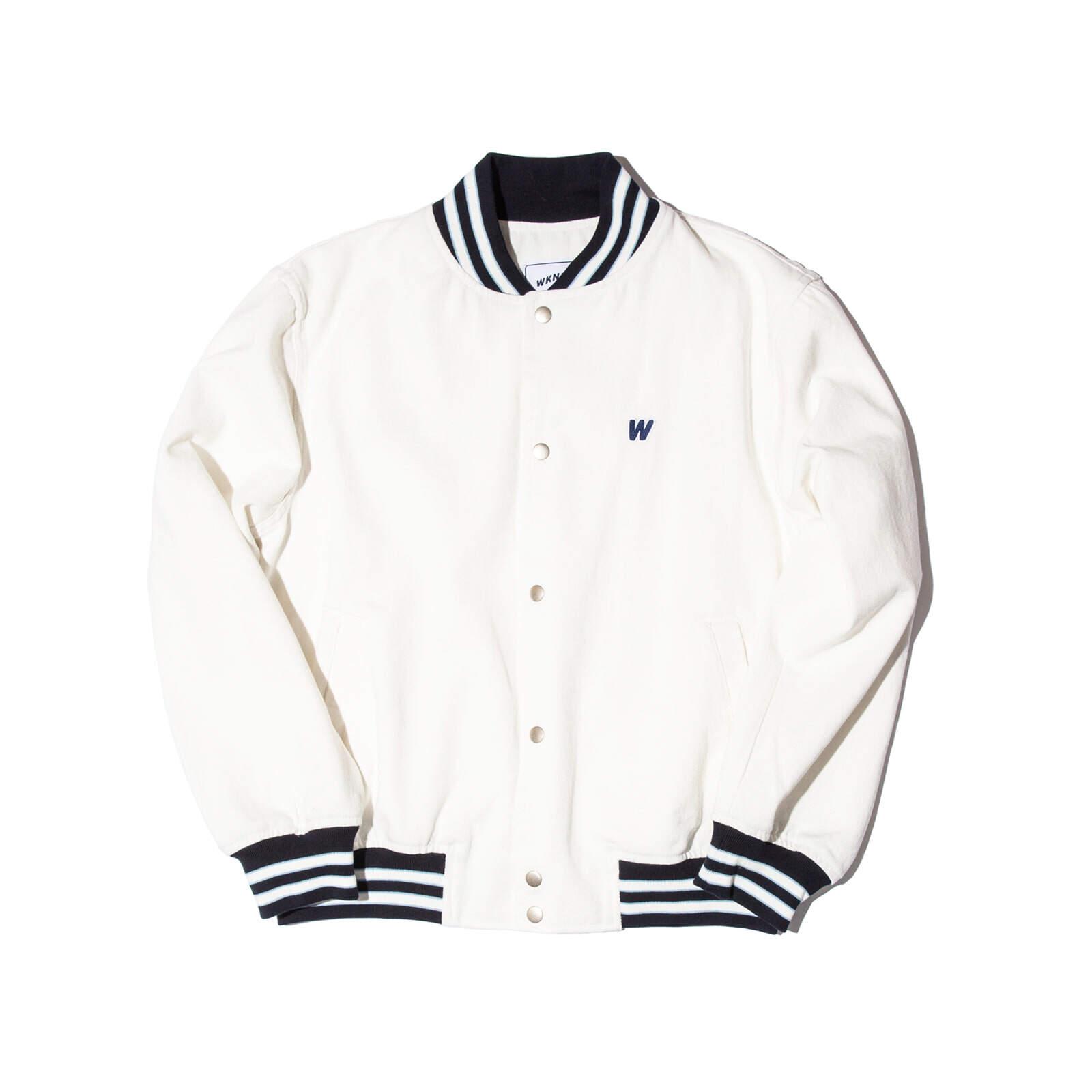 Aland  Wkndrs  White Jacket  เสื้อแจ็คเก็ตสีขาว.