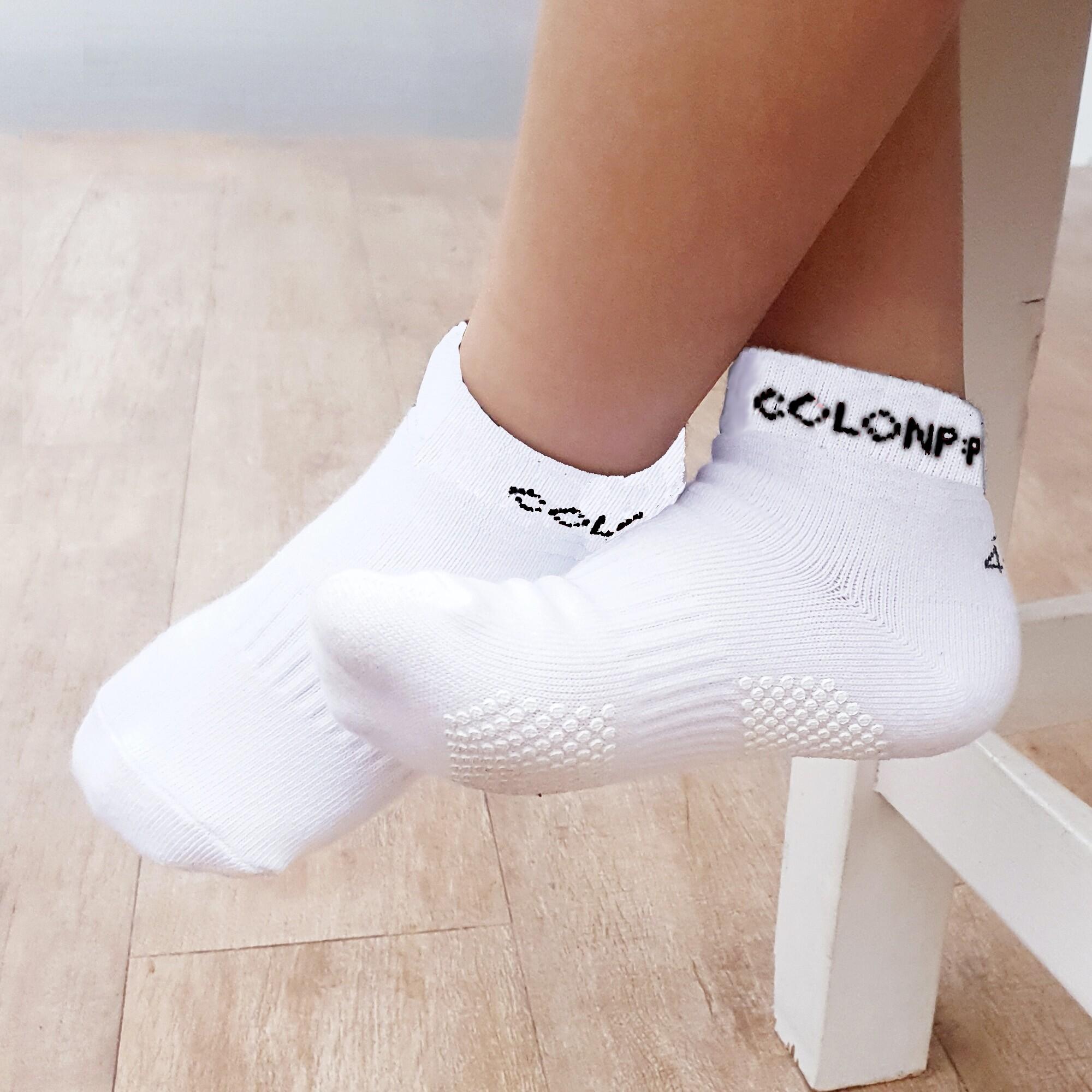 ถุงเท้าเด็ก สีพื้น Cotton 100% มีกันลื่นลายน่ารัก 2-9 ขวบ (มี 6 สีให้เลือก).