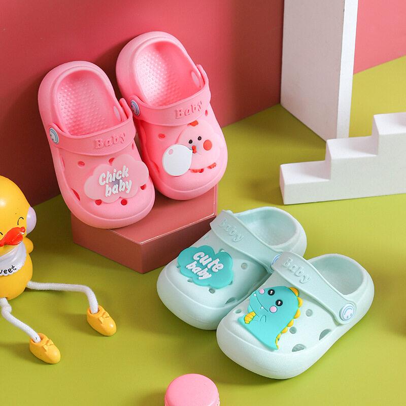 รองเท้าลำลองเด็ก รองเท้าแตะเด็ก หนังนุ่ม มีกันลื่น แต่งตัวติดตัวการ์ตูนน่ารักๆ รองเท้าแฟชั่นเด็ก(ddx02).