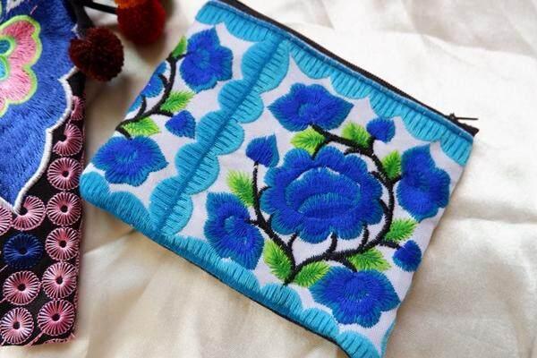 Pandalanna กระเป๋าใส่เหรียญ กระเป๋าสะพายข้าง กระเป๋าใส่ของ รหัสa003 สีฟ้า 1 ชิ้น กระเป๋าใส่เหรียญ By Cm2all Shop.
