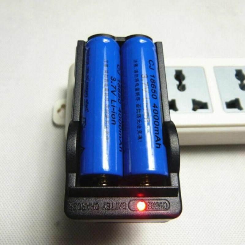 ที่ชาร์จไฟถ่านแบตเตอรี่สล๊อตคู่ เครื่องชาร์จอเนกประสงค์สำหรับแบตเตอรี่ 3.7v 18650 Us Li-Ion 1 X เครื่องชาร์จแบตเตอรี่ (ไม่รวมแบตเตอรี่ 18650) ส่งด่วนทันใจกทมฯภายใน1วัน ตจว.1-2วัน By Sabuyjaishop2015.