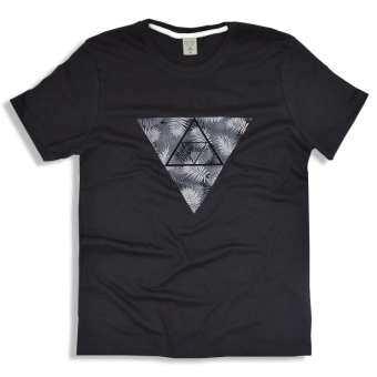 octo TOKYO T-Shirt เสื้อยืดคอกลม COTTON Triangle-
