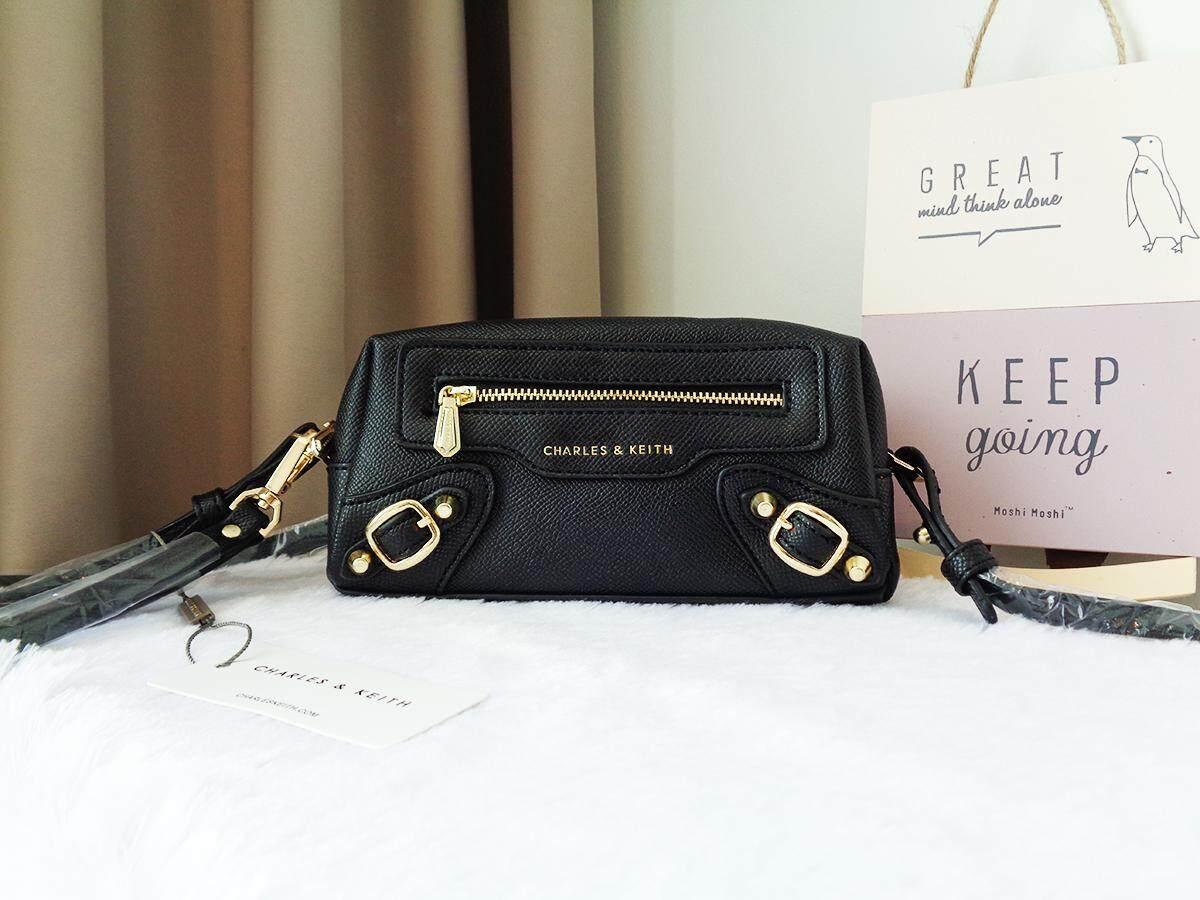 กระเป๋า Charles & Keith Mini Clutch Bag  ของแท้.