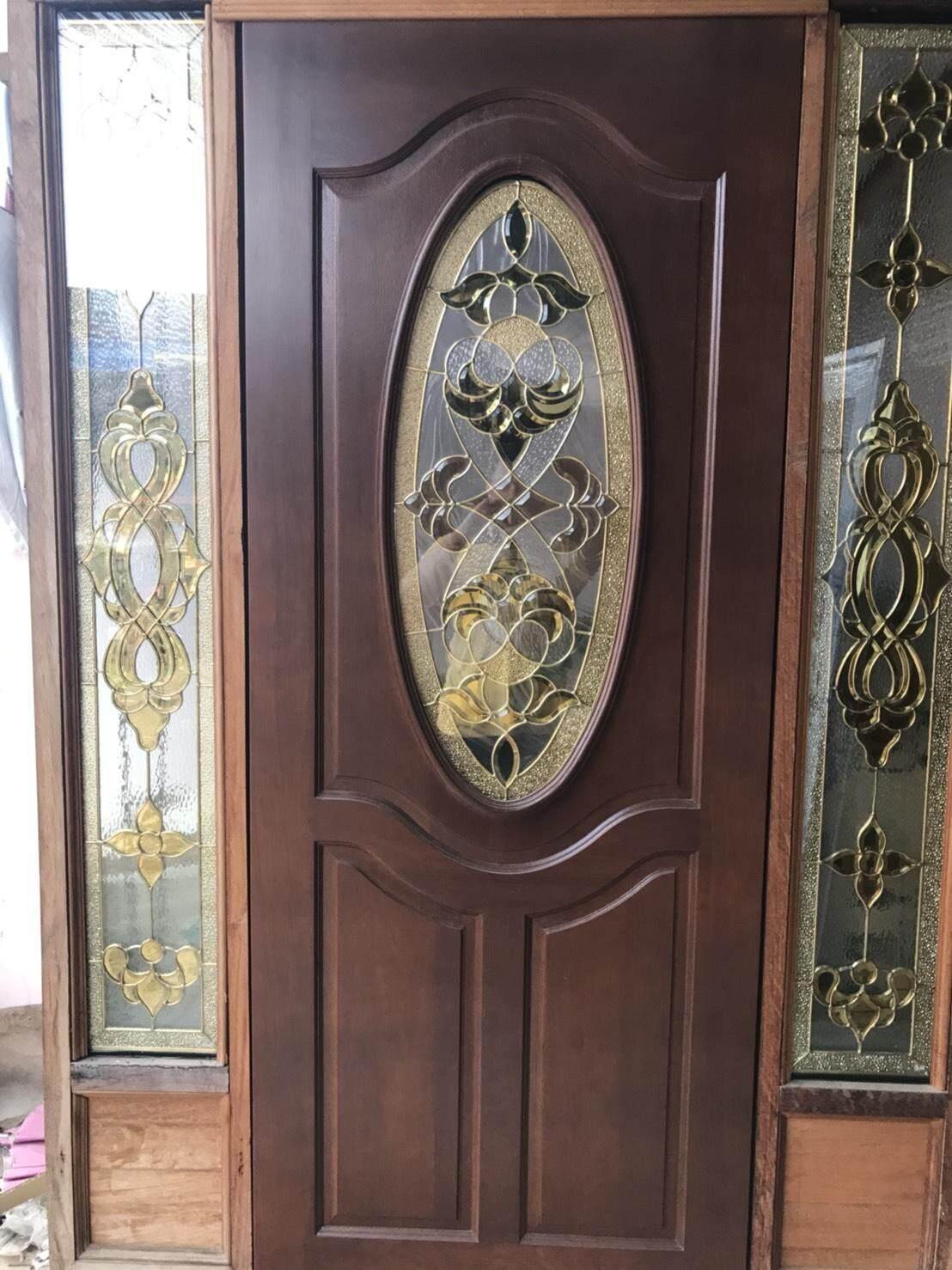 ประตูไม้สยา   มีกระจกด้านข้าง  ครบชุด.