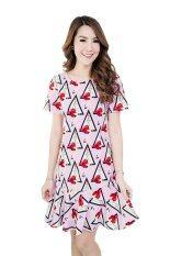 ส่วนลด Fashionstory เดรสชายระบายผ้ายืดนิ่มเด้งลายสามเหลี่ยม สีชมพู
