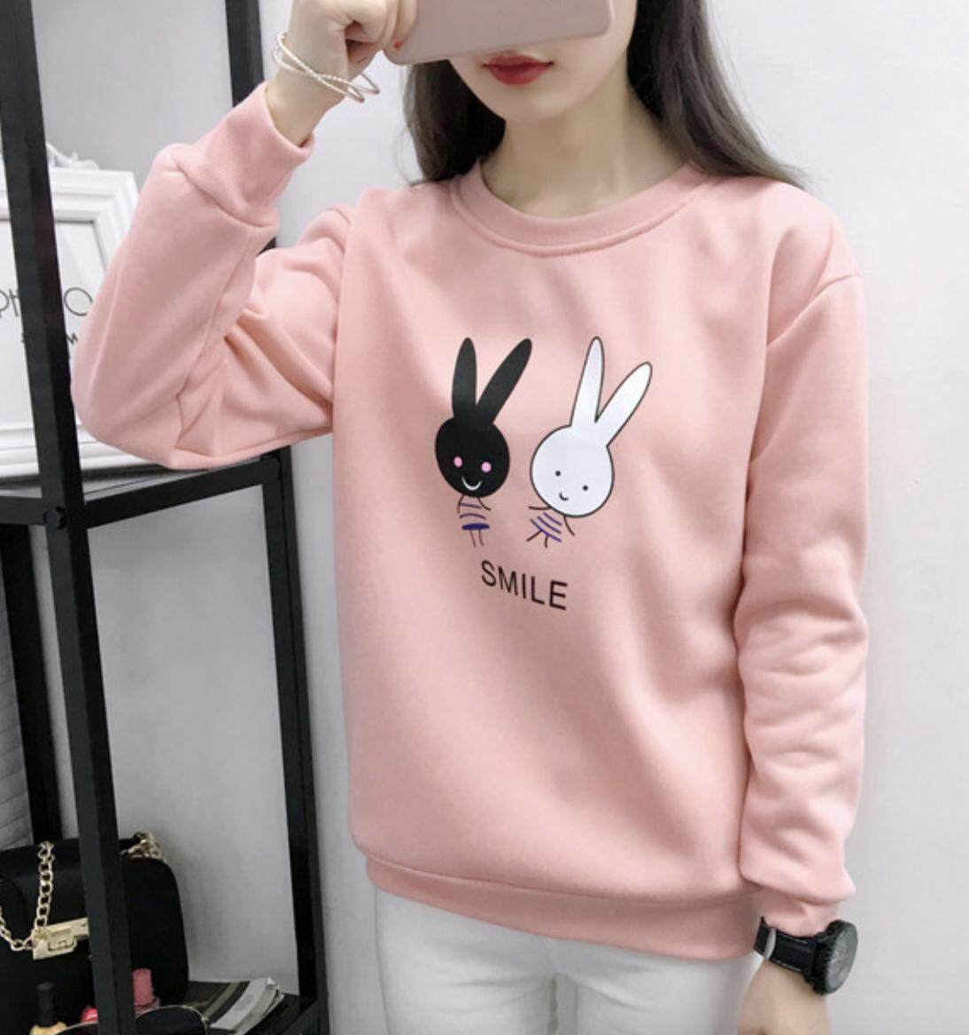 Super Fashion Korea เสื้อกันหนาว เสื้อคลุม แขนยาว ผ้าเนื้อหนา ลาย กระต่าย Smile น่ารักเว่อร์ By Super Fashion Shop.