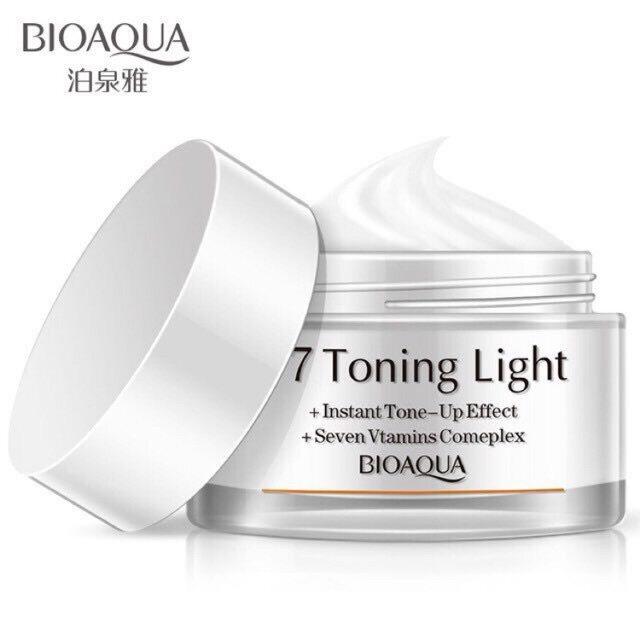 Bioaqua V7 Toning Cream Serum ครีมบำรุงผิว เพิ่มความชุ่มชื้นและลดเรือนริ้วรอย.