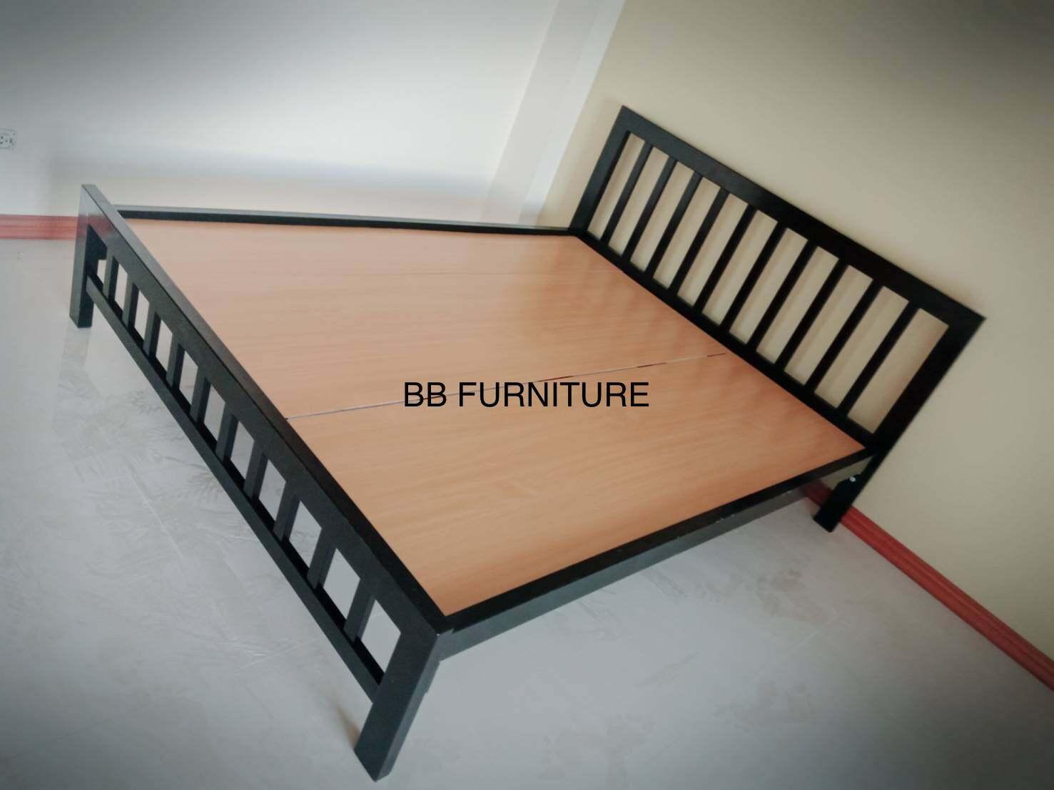 ฺฺbb5p-Wf เตียงเหล็กกล่อง ขนาด 5 ฟุต  พื้นไม้.