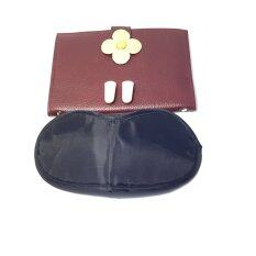 ขาย Giftset Passport Holder กิ๊ฟเซ็ทกระเป๋าใส่หนังสือเดินทาง กระดุมดอกไม้ สีนำ้ตาล ผ้าปิดตา ที่อุดหู Unbranded Generic ถูก