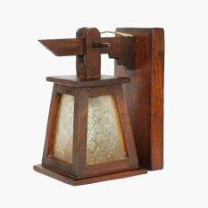 ราคา โคมไฟติดผนังทรงกระดิ่งสามเหลี่ยมติดกระจกสีขาว ไม้สัก สีน้ำตาล ที่สุด