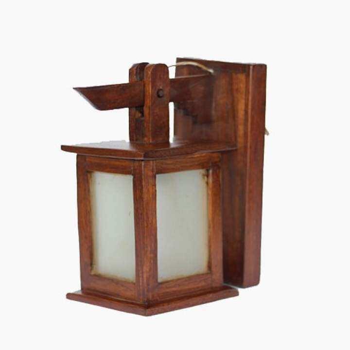รีวิว โคมไฟติดผนังทรงกระดิ่งสี่เหลี่ยมติดกระจกขาวขุ่น ไม้สัก (สีน้ำตาล)