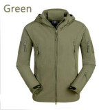 ซื้อ Shark Skin Soft Shell V4 Technology Wind Rain Multipurpose Raincoat Professional Outdoor Ski Wear Green ใหม่