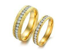ขาย Tanittgems แหวนคู่ แหวนคู่รัก ตัวเรือนทองพ่นทรายประดับเพชรคริสตัลออสเตรียแบบรอบวง รุ่น Tncr016 Gold ใน กรุงเทพมหานคร